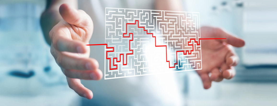 Bild vom Labyrinth mit rotem Faden